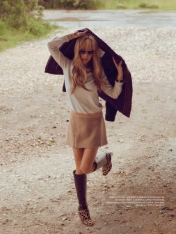 Elle-Sweden-Editorial-September-2014-Katharin-021316